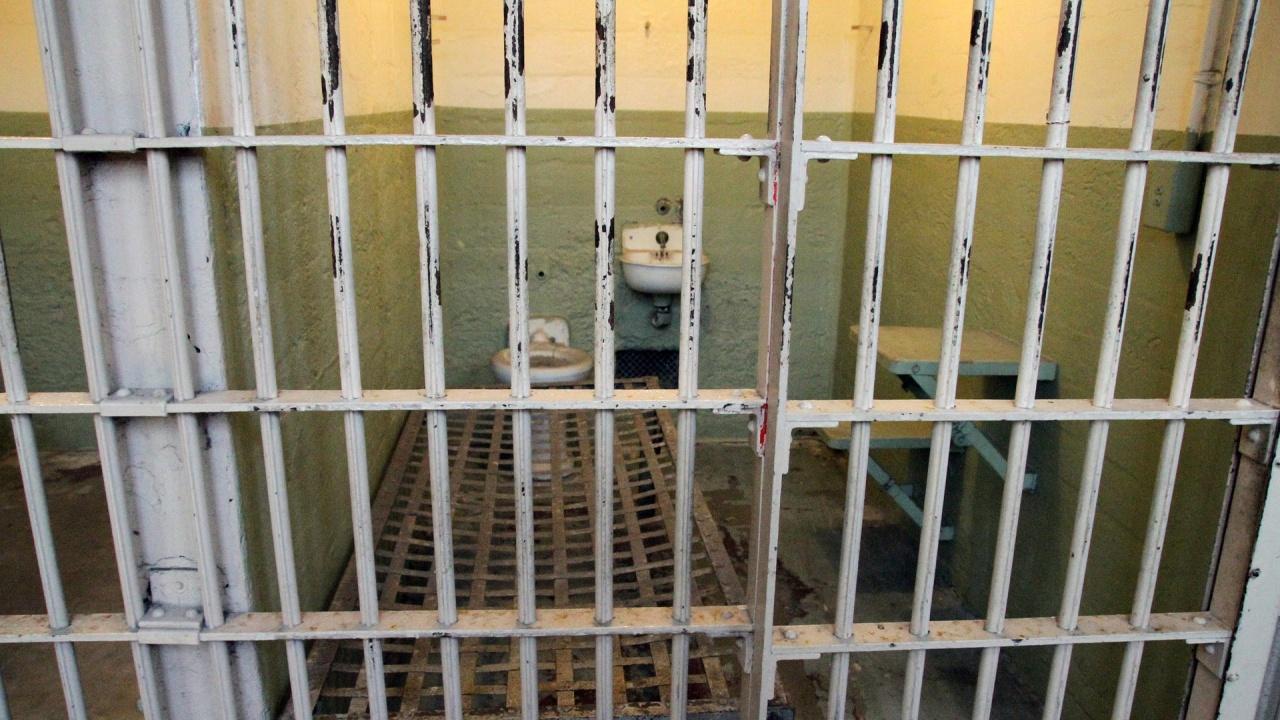 Рецидивист, изнасилил брутално жена в Девня, отива в затвора
