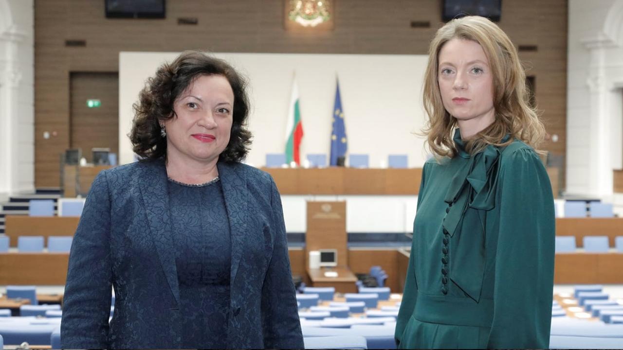 """Милена Дамянова и Ивелина Василева започват инициатива """"Яко е да си еко в училище и у дома!"""""""