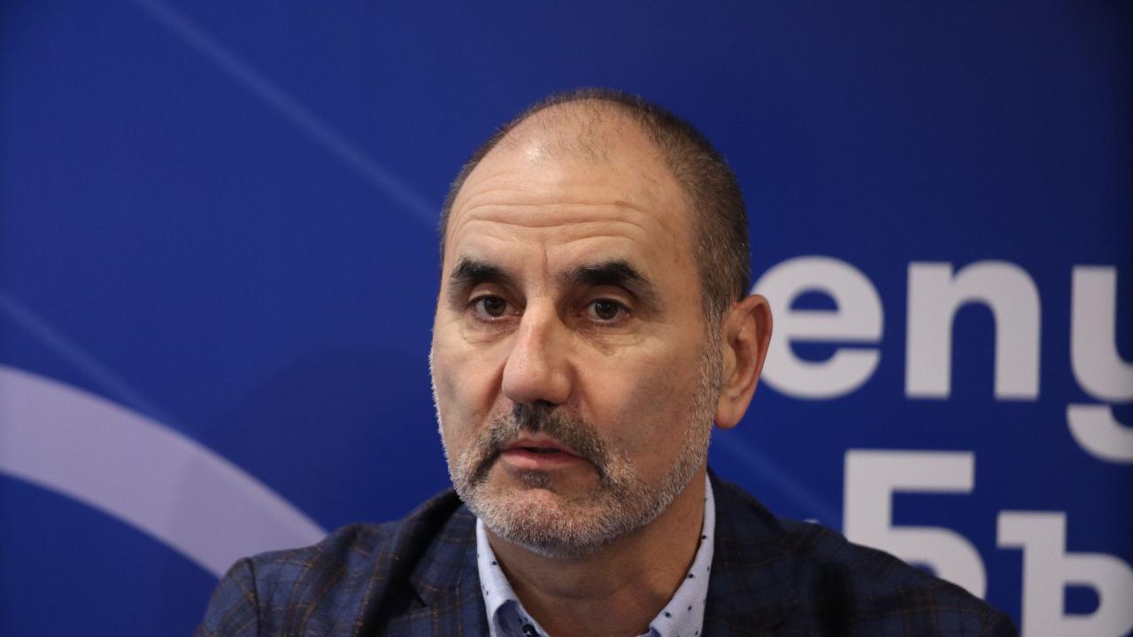 Цветан Цветанов: В страната ни трябва да бъде въведено електронно управление