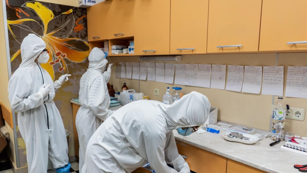 Лекар призна, че пациентите с COVID-19 са притеснени при влизане в болница
