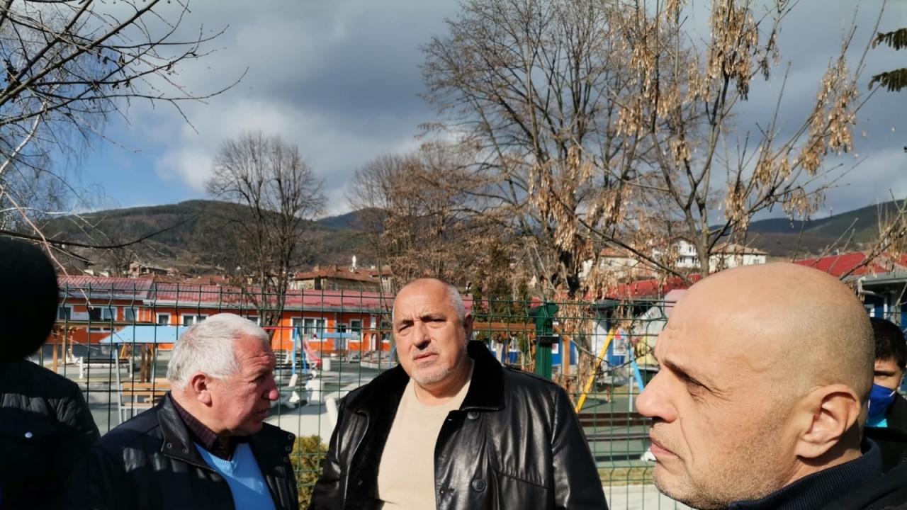 Борисов прави обиколка из страната: Аз каквото съм обещал, изпълнявам