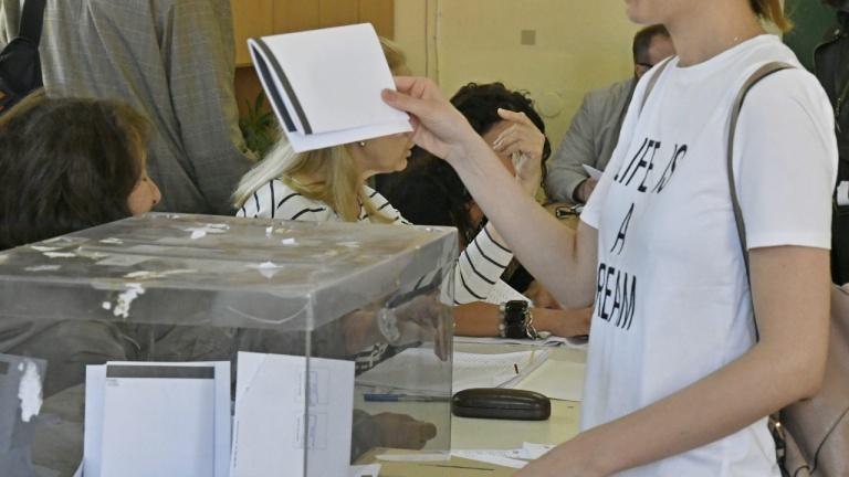 Експерти: 5+2 за предстоящите избори. ГЕРБ водят, но коалицията ще е трудна