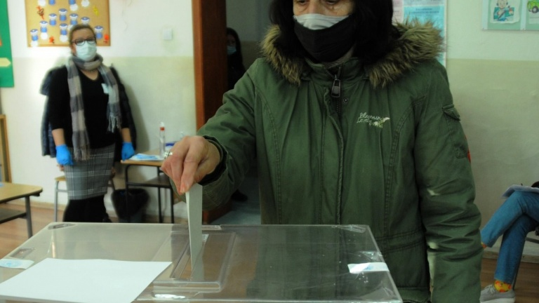 Ще промени ли пандемията изборната активност? Отговорът на социолога Евелина Славкова