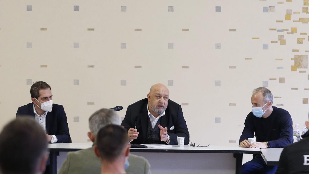 Трима министри на среща за спорта в Стара Загора