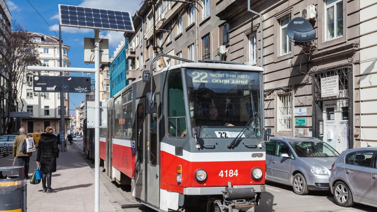 8-ми март завладя и трамвайна линия 22