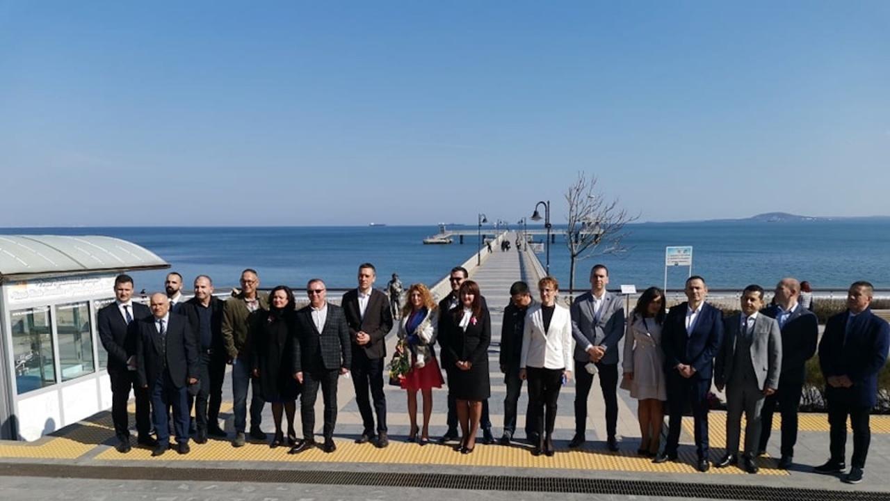 ГЕРБ със силен старт на кампанията в Бургас, представи регионална програма с изпълними проекти