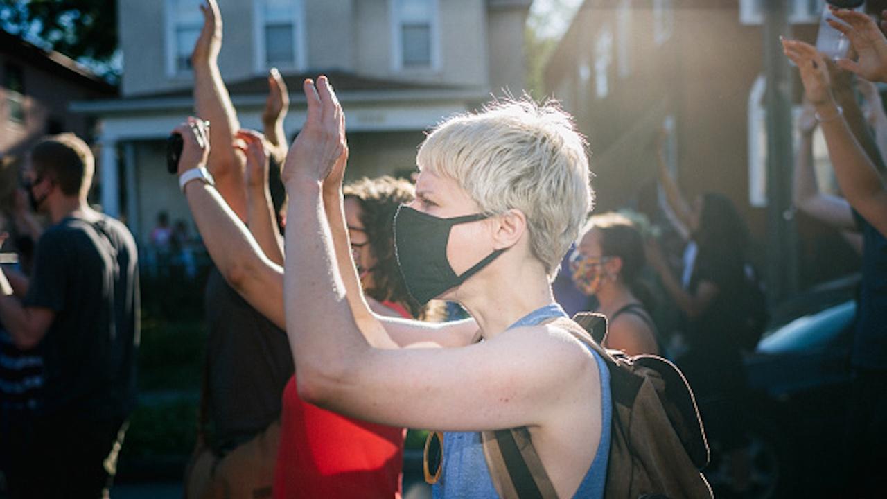 Демонстрация в Киев с искане за по-добра защита на украинските жени от насилие