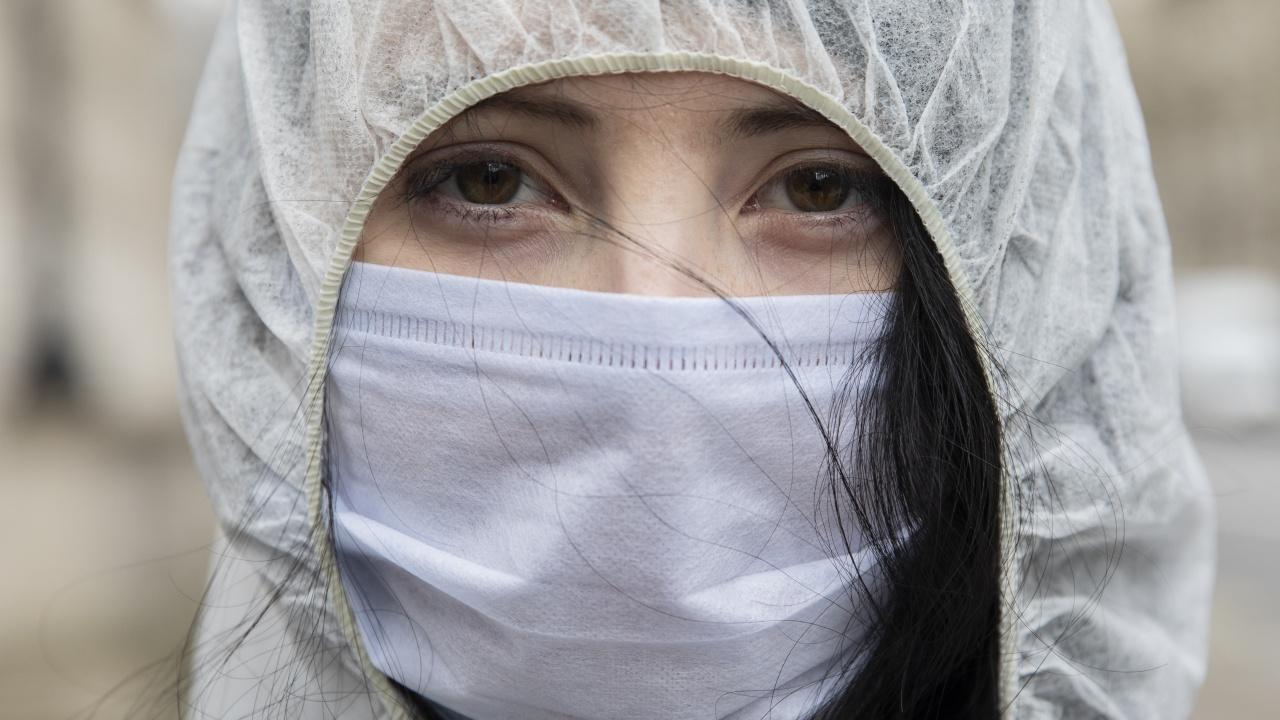 Италия премина прага от 100 000 починали от вируса