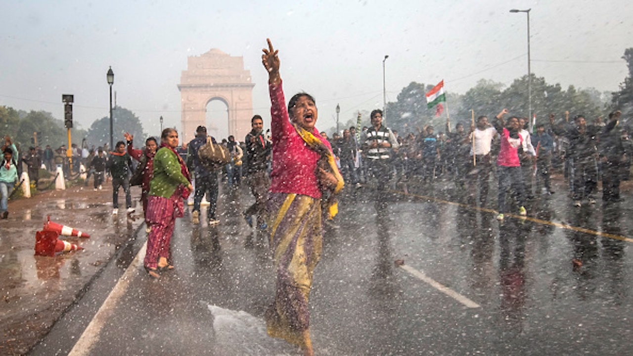 Хиляди жени се присъединиха към протестите на индийските фермери