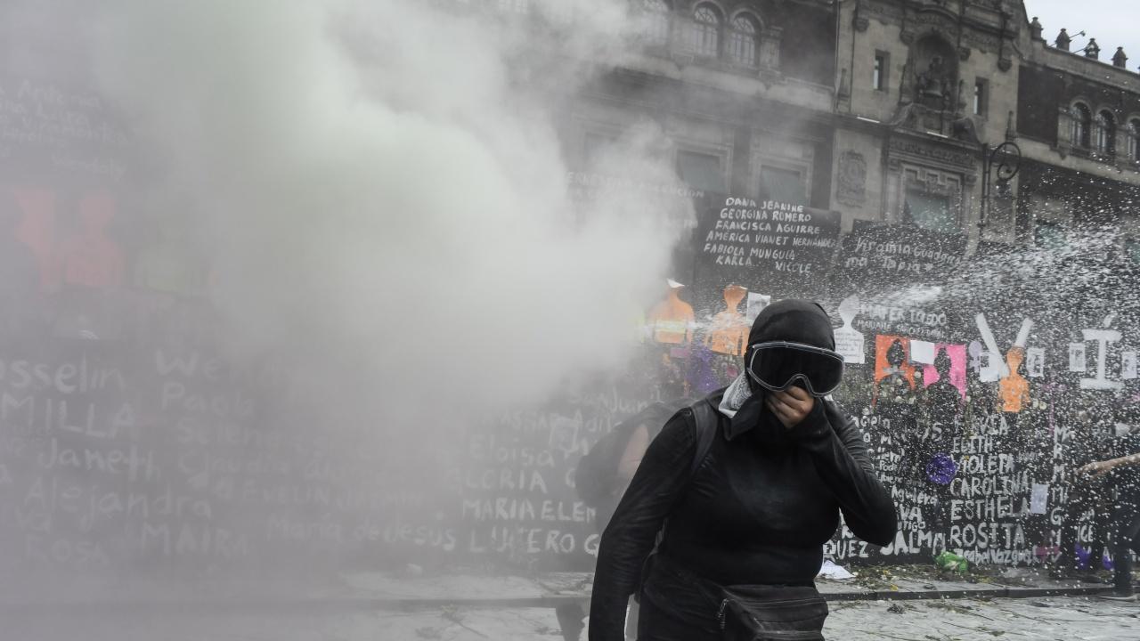 Ето колко души пострадаха при протеста за 8 март в Мексико