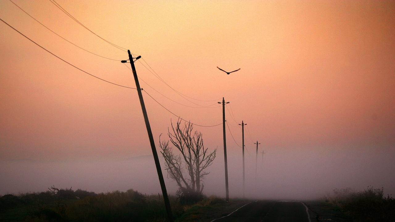 Заради мъгла е намалена видимостта в района на проходите Шипка и Троянски и в района на Самоков