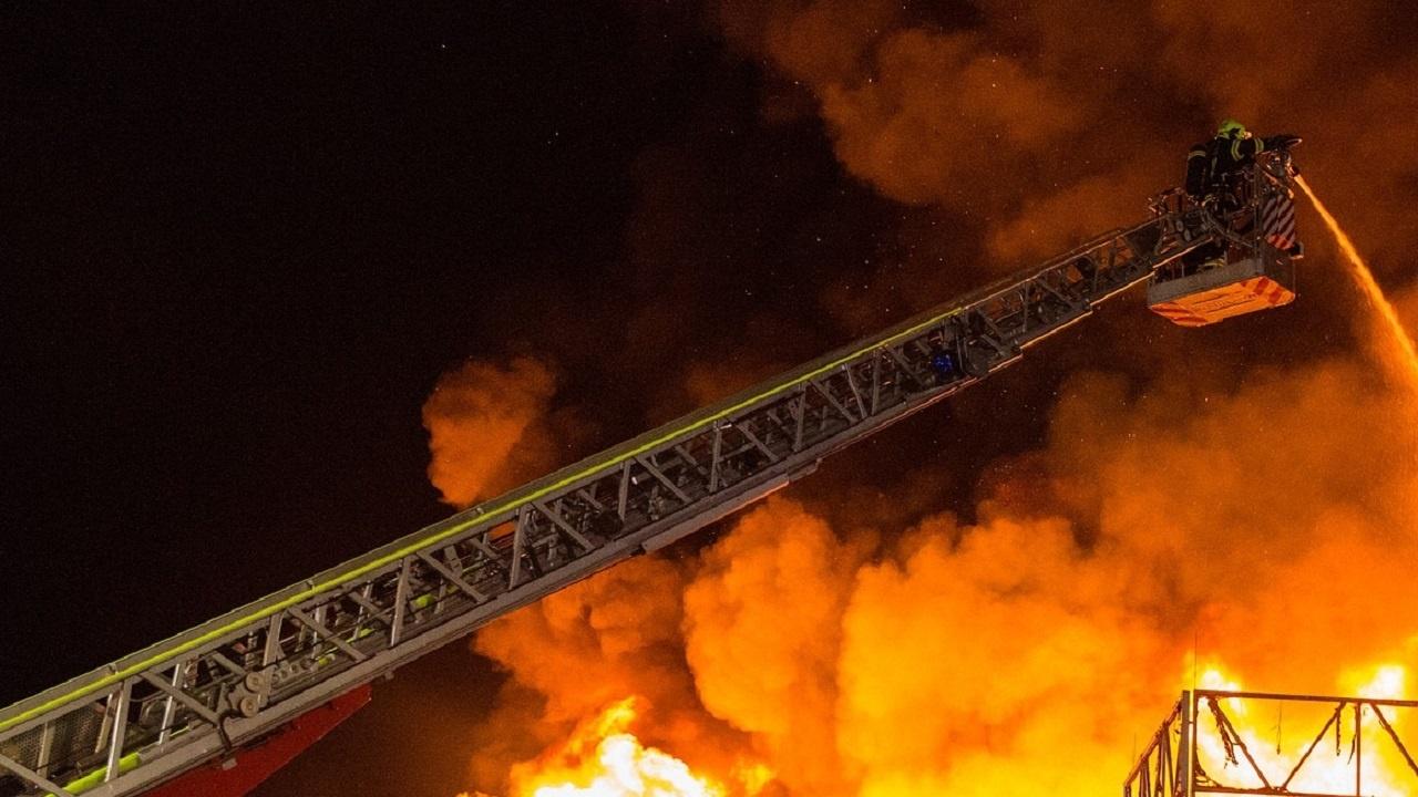 Чужденци са загинали при пожар в изоставена сграда в Солун