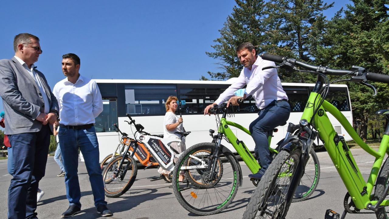 Кристиан Кръстев: Основен приоритет е градският транспорт да е алтернатива на личния автомобил