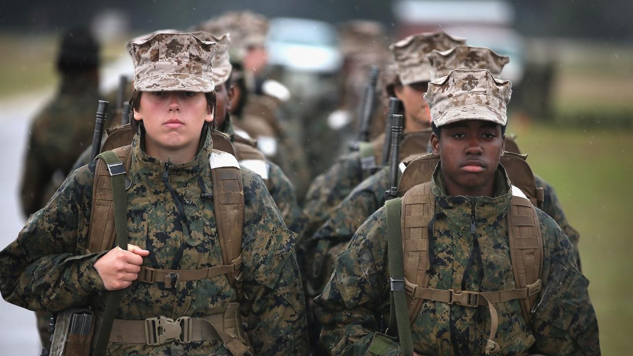 Пентагонът осъди нападки срещу жените в армията