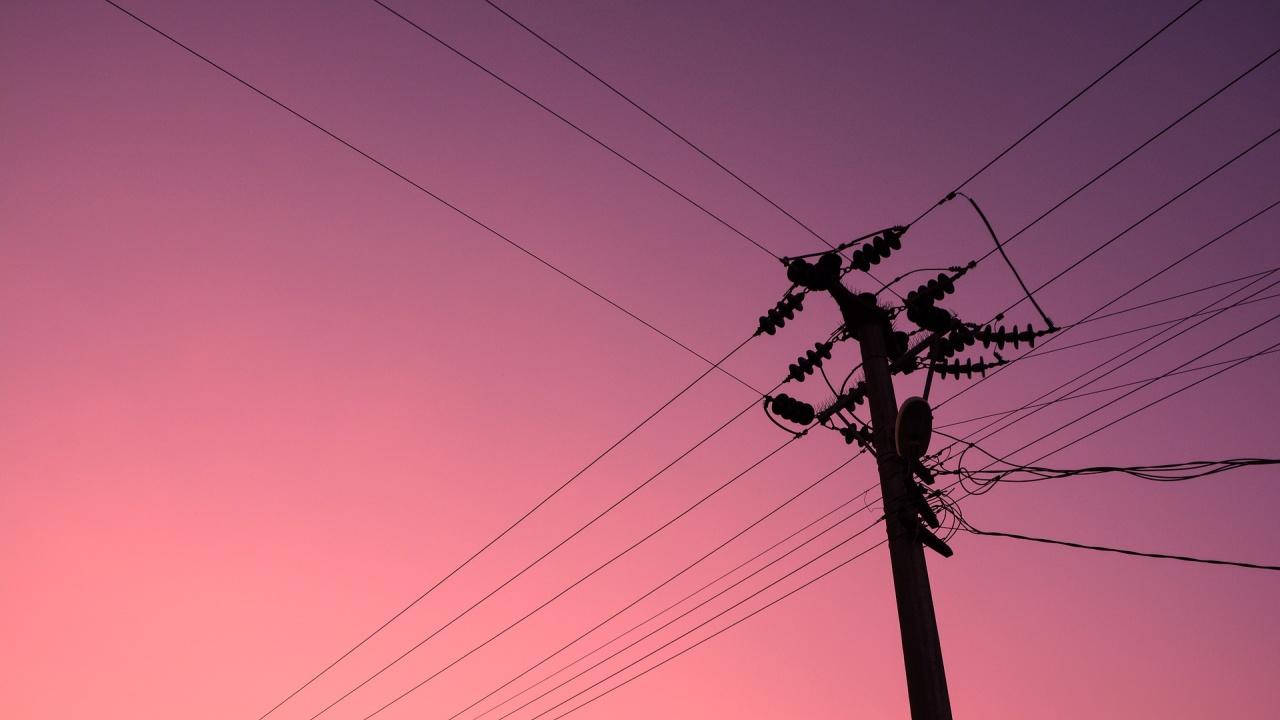 Опит за кражба на кабел остави 5000 домакинства в Софийско без ток