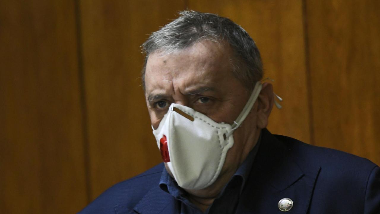 Проф. Кантарджиев: До края на новата седмица могат да се възобновят масовите ваксинации