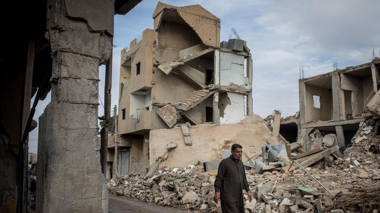 Над 388 000убити за 10 години война в Сирия