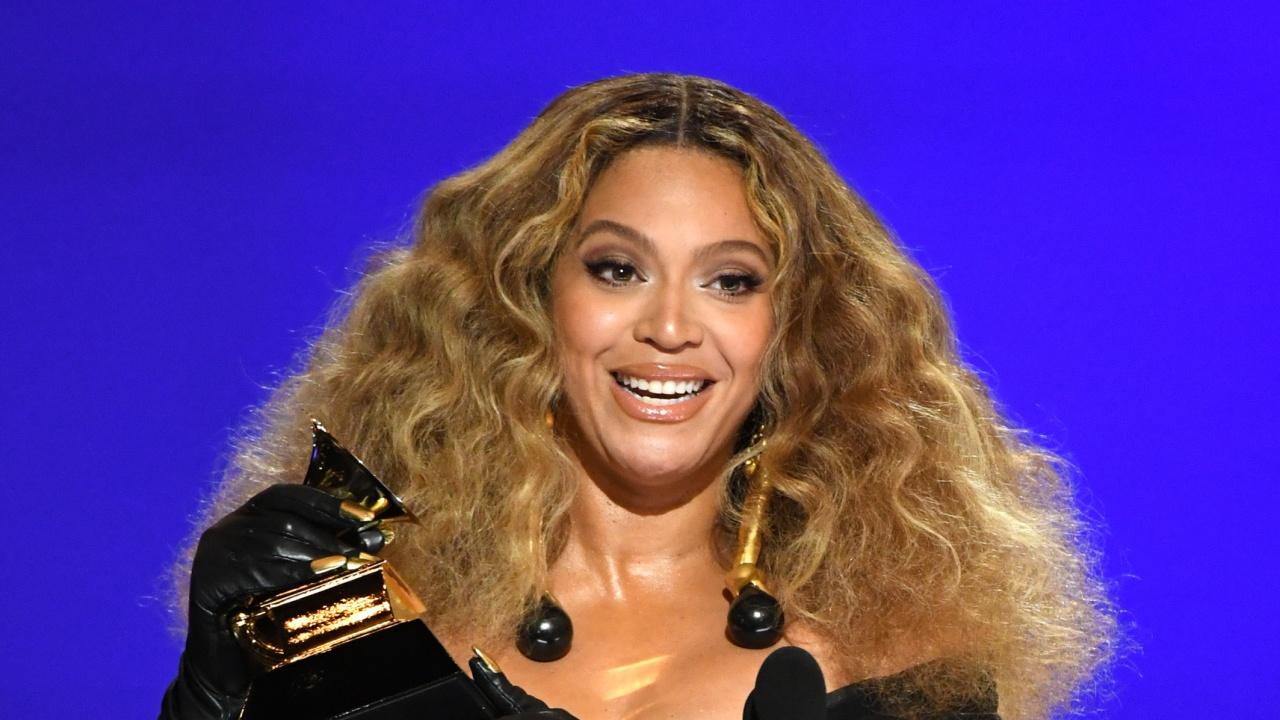 """Бионсе стана изпълнителката с най-много награди """"Грами"""" в историята"""