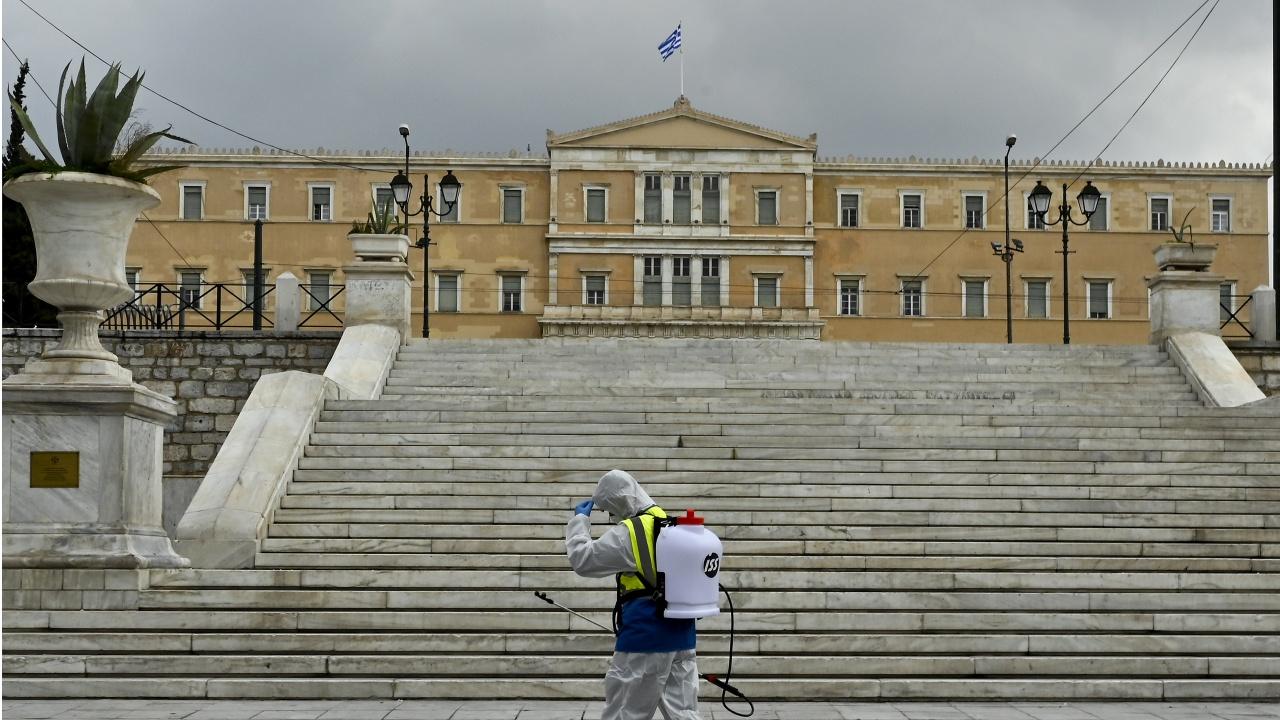 Строг локдаун в Гърция за началото на Великия пост