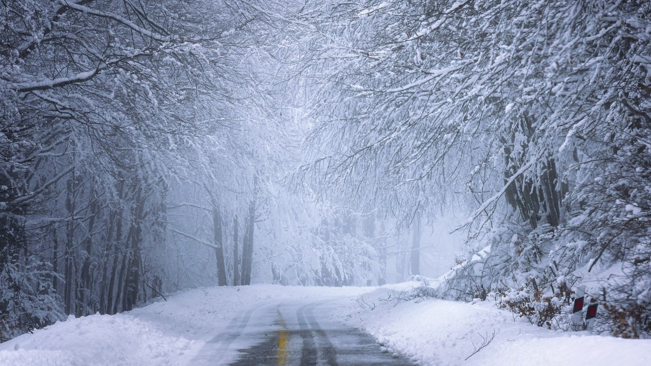 АПИ: Шофьорите да тръгват с автомобили, подготвени за зимни условия