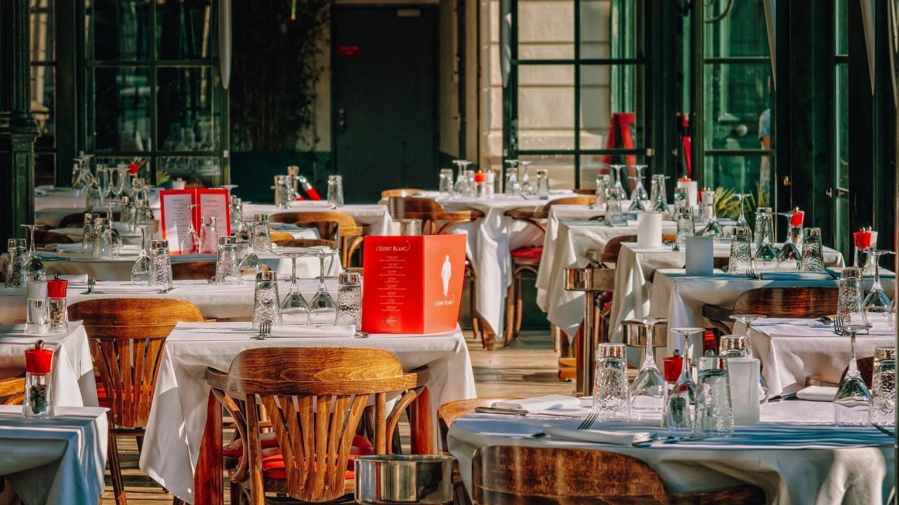 Хотелиери и ресторантьори: Кой, колко и кога ще обезщети туристическия бизнес?