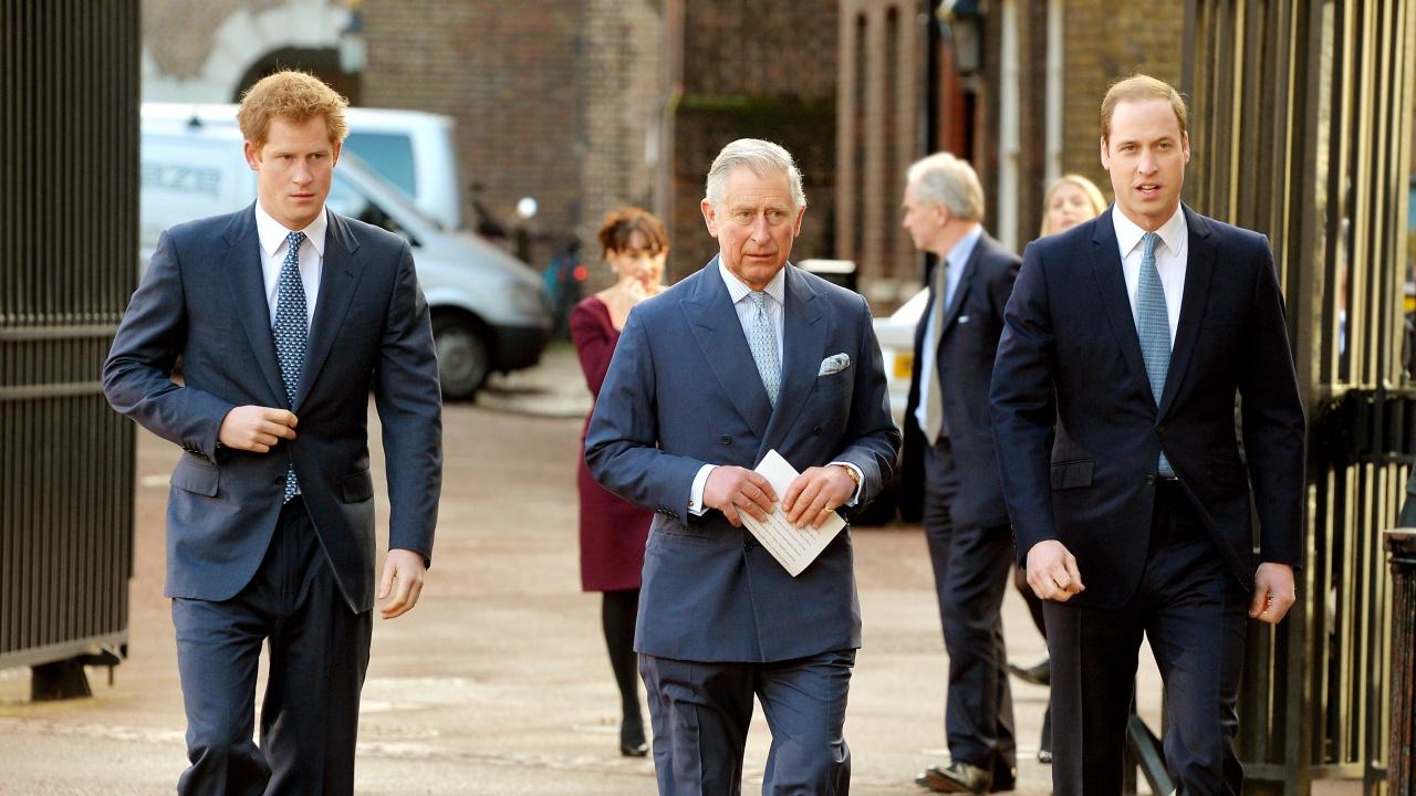 Принц Хари е говорил с брат си и с баща си след скандалното интервю