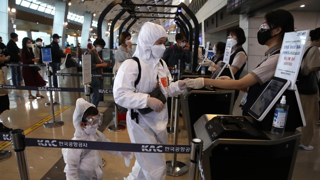 Столицата на Южна Корея разпорежда тестване за коронавирус на всички чуждестранни работници
