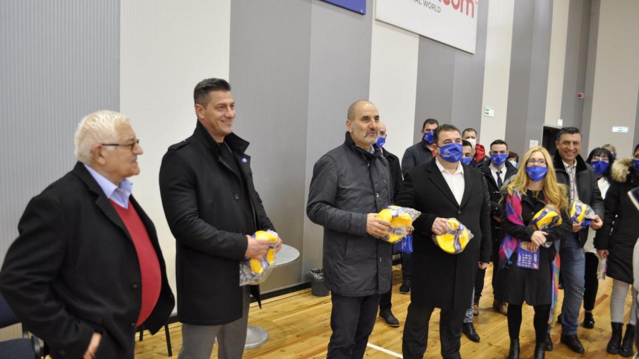 Републиканци за България ще работят за пълни спортни зали