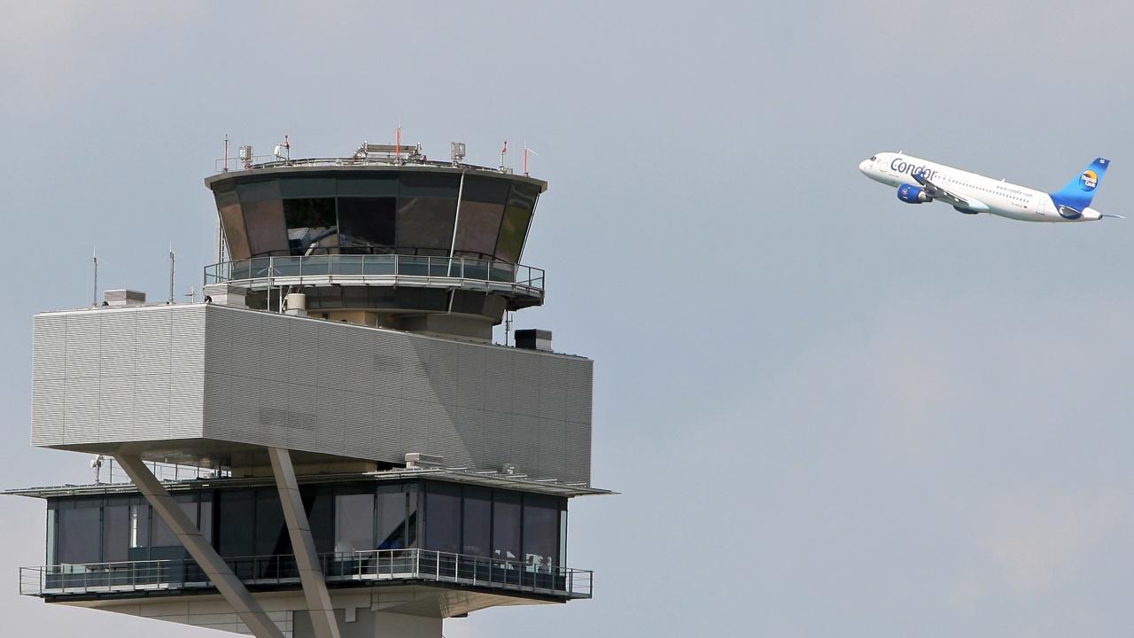 IATA преговоря с 300 авиопревозвачи за нови климатични ангажименти