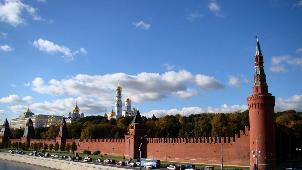 Кремъл разкритикува решението на Лондон да вдигне тавана на своя ядрен арсенал