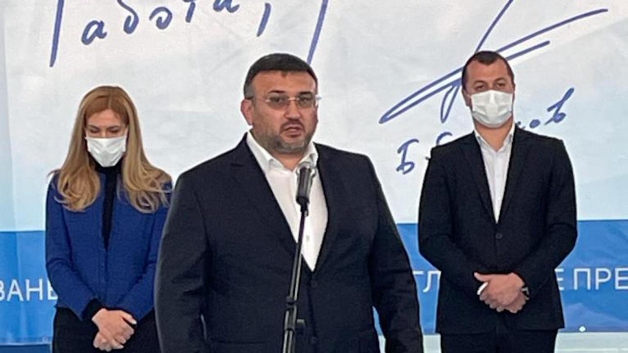Младен Маринов и Николина Ангелкова представиха в Годеч листата на ГЕРБ-СДС за София-област