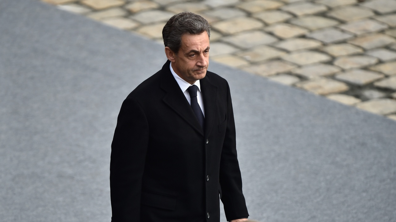 Френски съд отложи делото срещу Саркози за 20 май