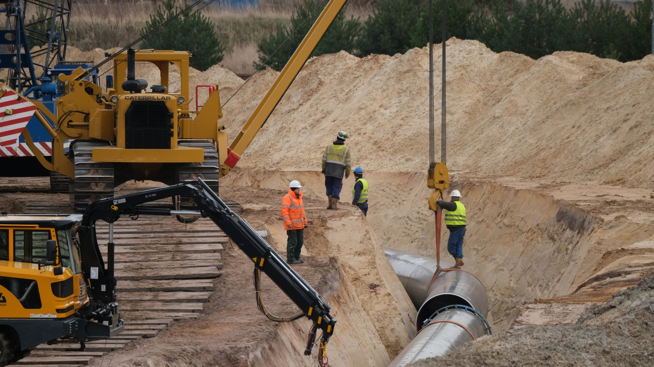 """Държавният секретар на САЩ предупреди участващите в газопровода """"Северен поток-2"""" компании незабавно да се оттеглят"""