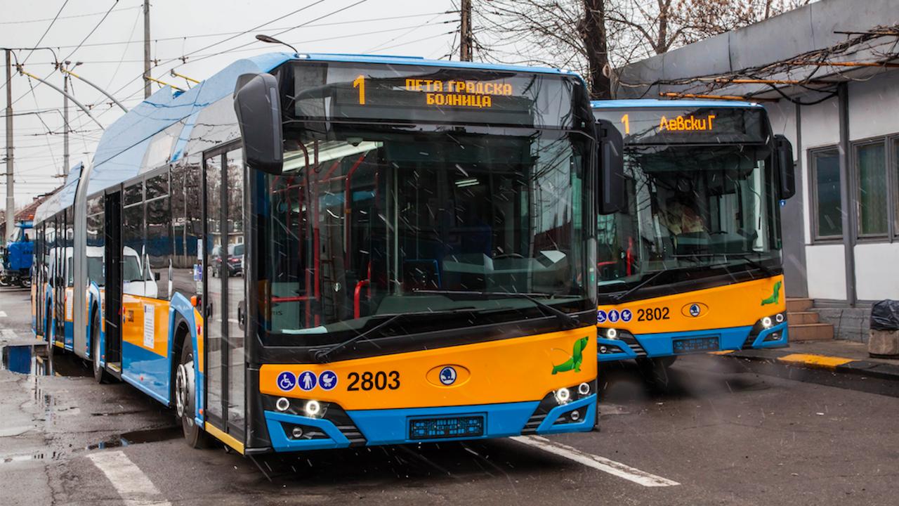 """Модерни тролейбуси сменят старите """"Икарус""""-и"""
