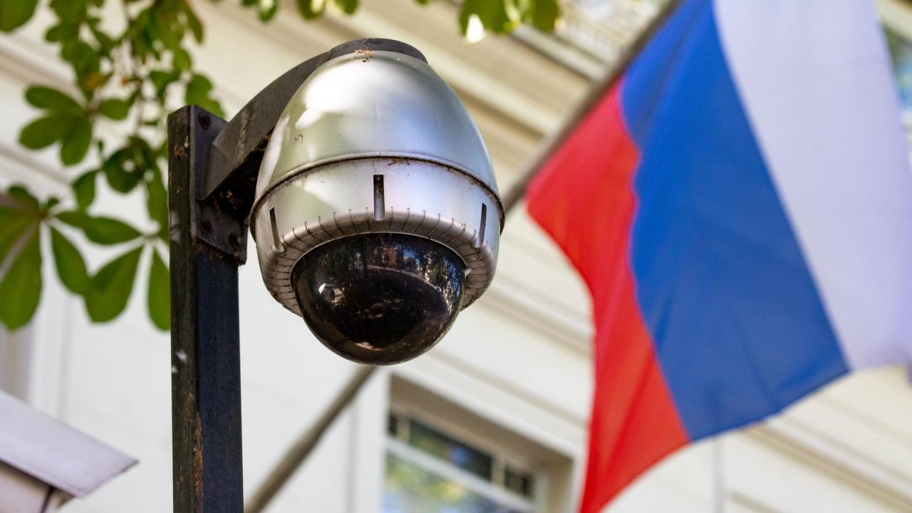 Единият от обвинените за шпионаж опитал да избяга в руското посолство