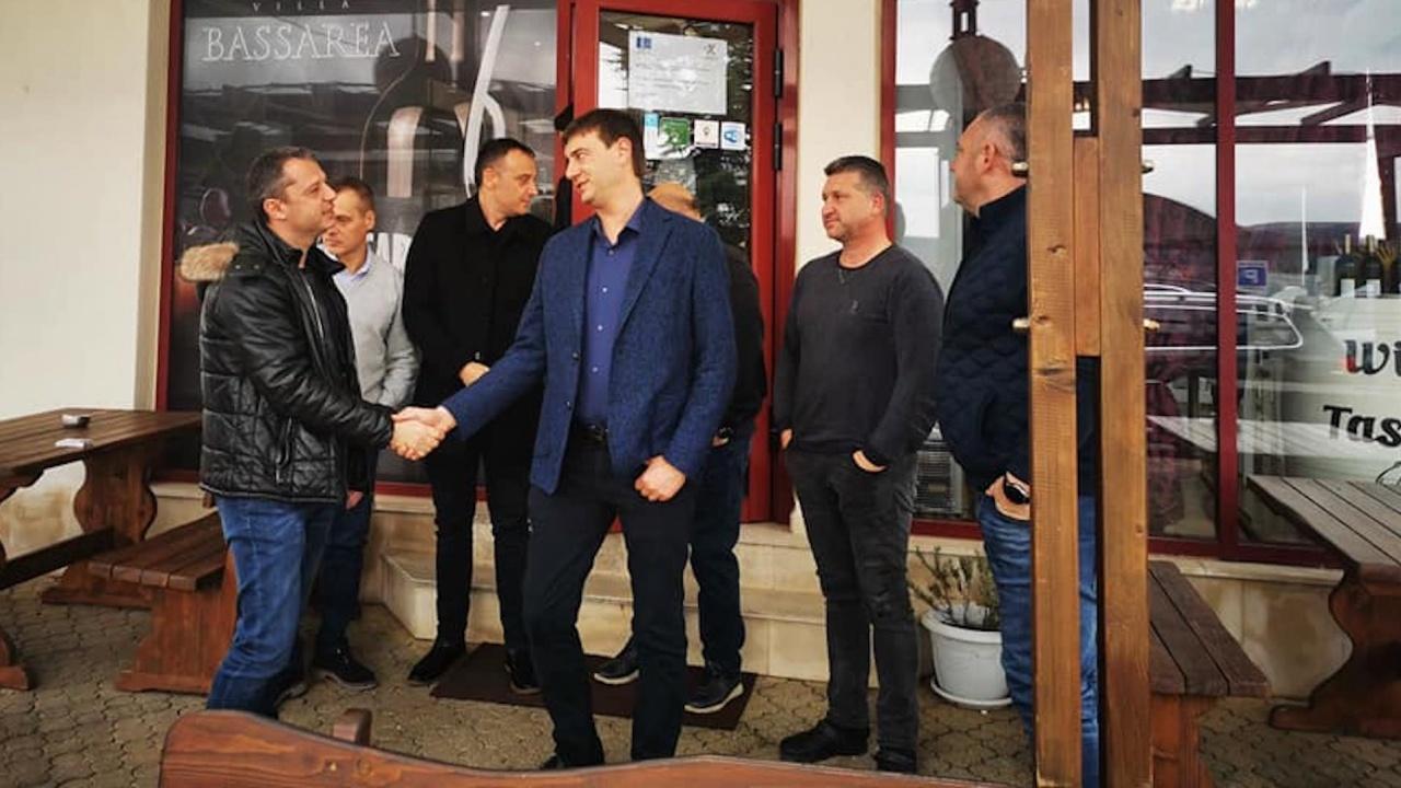 Делян Добрев: ГЕРБ е единствената партия, която ясно казва, че няма да увеличава данъците