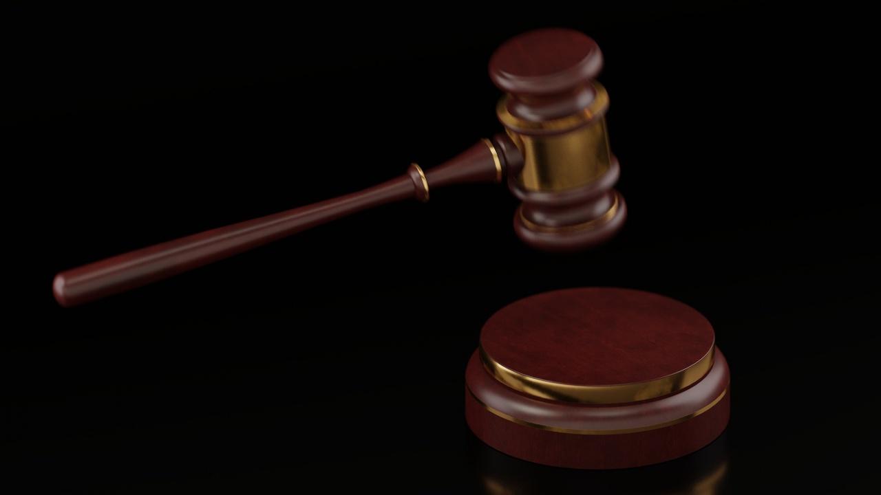 Условни присъди за двама полицаи в Кърджали за подкуп