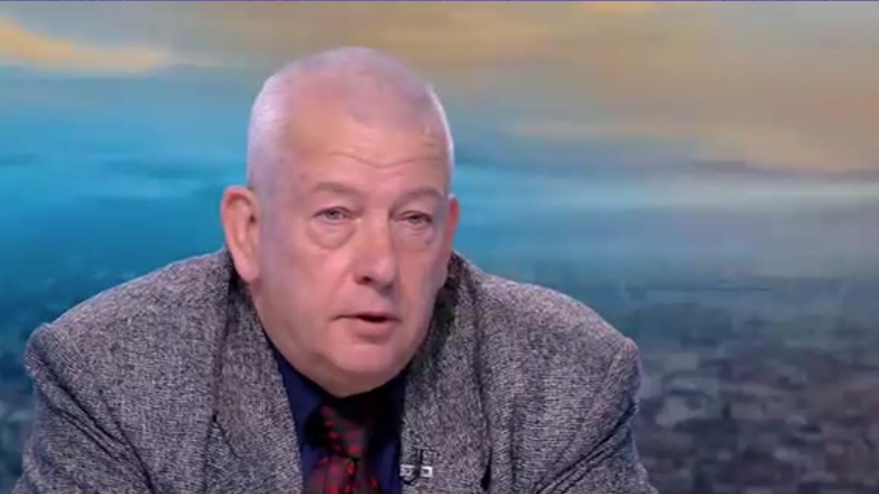 Тихомир Стойчев: Реализирана е една малка група за шпионаж, може би по върховете има много по-интересни хора