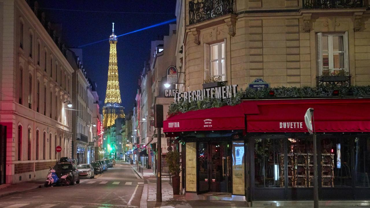Карантината през уикенда в Париж бе белязана от технически проблеми