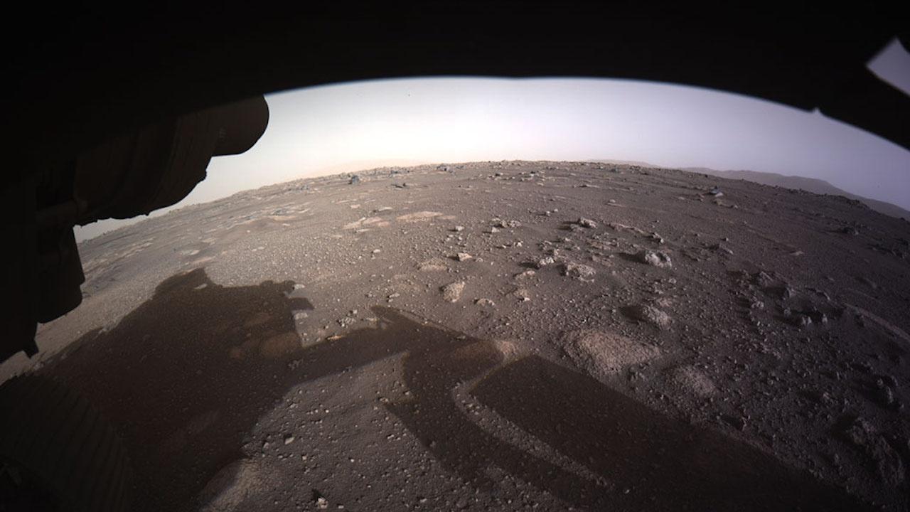 Бури и влиянието на Слънцето вероятно причинили изчезването на водата на Марс