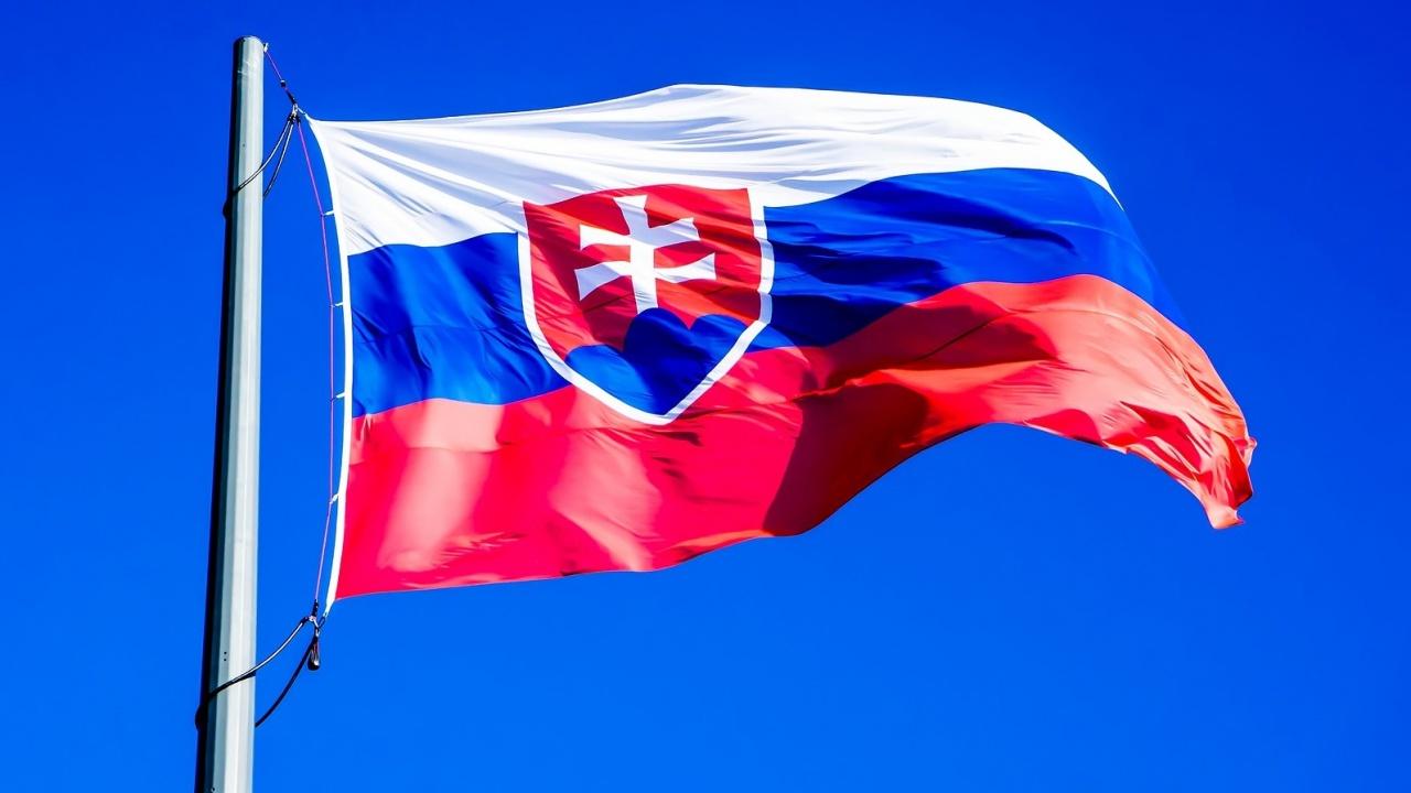 Правителствената криза в Словакия набира скорост