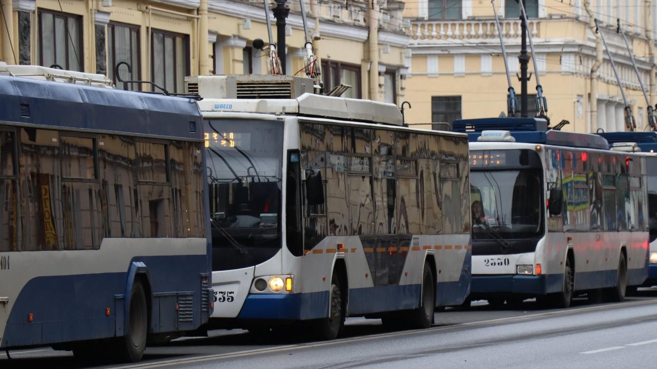 С пропуск в градския транспорт: Украински град бори пандемията по нестандартен начин