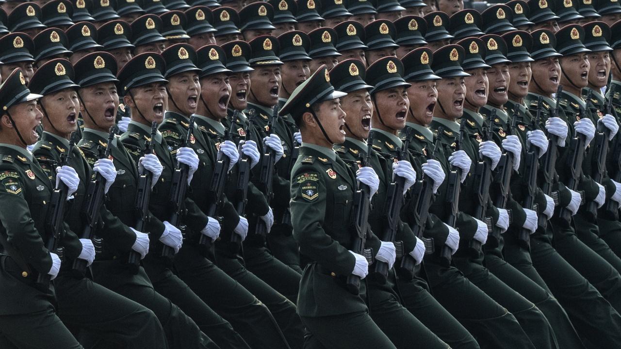 Без военен парад за 100-годишнината на Китайската комунистическа партия