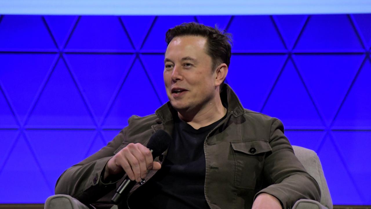 Илон Мъск: Космически кораби на SpaceX ще кацнат на Марс преди 2030 година