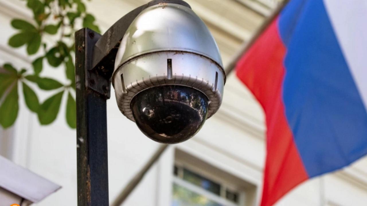 Доц. Огнян Минчев за шпионския скандал: Интересите на Русия са доста добре представени в българското общество