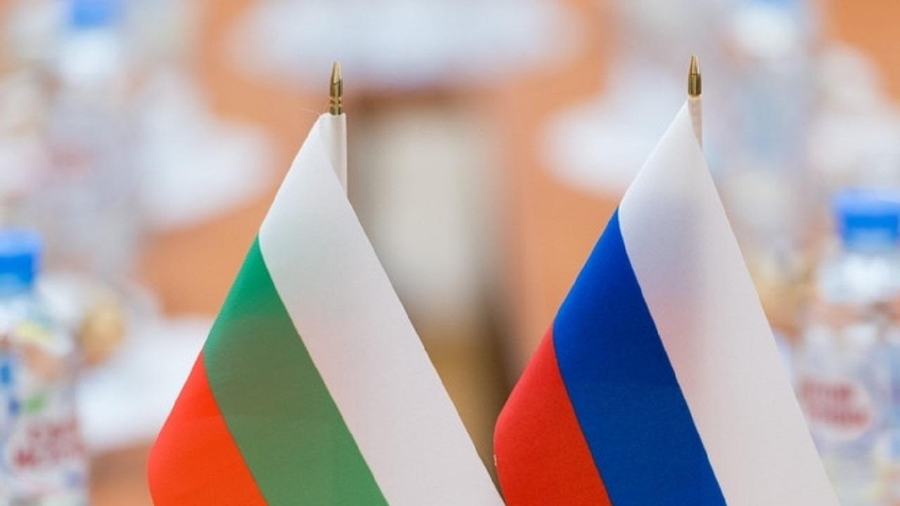 СДС за шпионския скандал: Недопустимо е българи да продават Родината си за шепа рубли!
