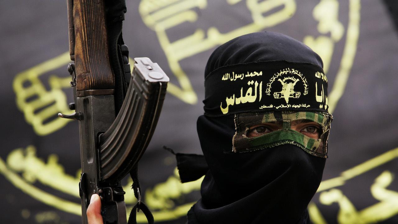 """Две години след като бе разгромена, групировката """"Ислямска държава"""" все още е опасна"""