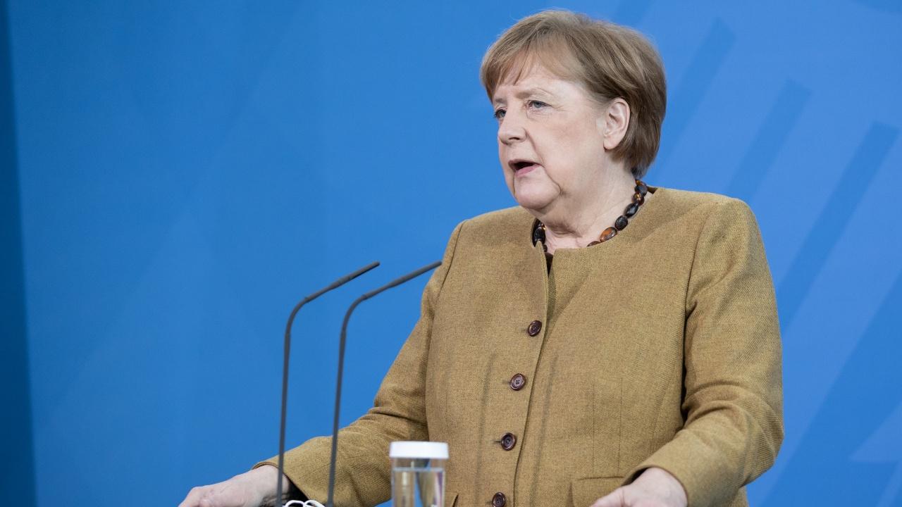 Меркел си посипа главата с пепел за локдауна: Дълбоко съжалявам, искам прошка