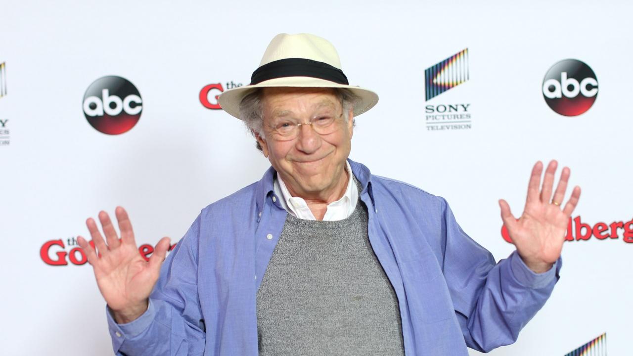 Почина холивудският актьор Джордж Сигъл