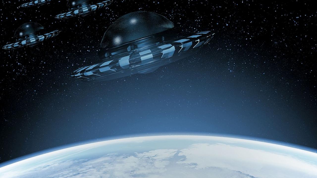Бивш директор на Националното разузнаване със шокиращи разкрития за съществуването на НЛО